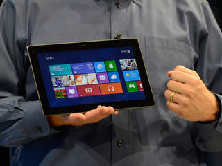 Microsoft_Tablet_Surface_20120618195011_JPG