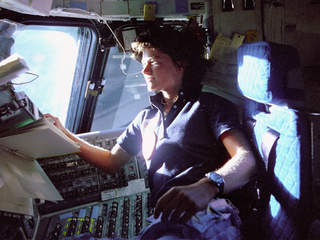 Sally_Ride_in_space_20120723185018_JPG