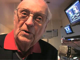 Longtime Detroit Red Wings Public Address Announcer Budd Lynch Dies At Age 95