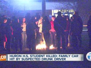 Students mourn local teen killed in crash