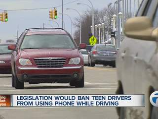 Governor to sign driver phone bill