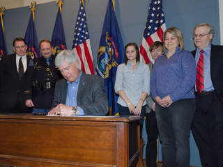 Governor_Rick_Snyder_Signs_Kelsey's_Law_20130108163816_JPG