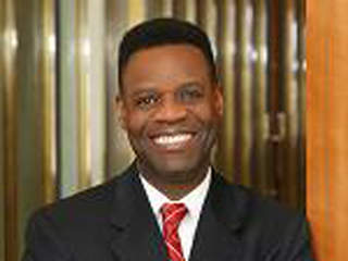 Contract for Detroit emergency financial manager pick Kevyn Orr