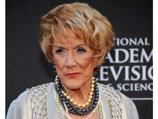 Young and restless 39 star jeanne cooper dies at 84 wxyz com