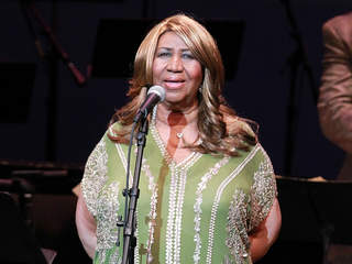 Aretha cancels concerts due to