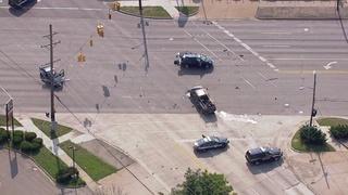 Police investigate fatal crash in Warren