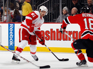 Red Wings, Ouellet agree to 2-year extension