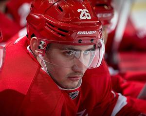 Red Wings trade Tomas Jurco to Blackhawks