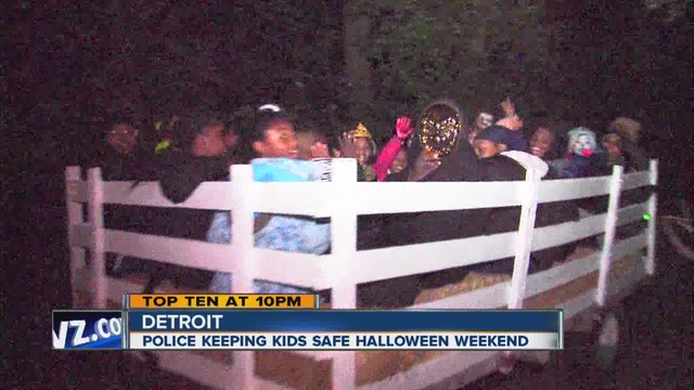 detroit police hold halloween party for kids at 12th precinct - Detroit Halloween Parties