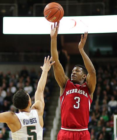 Shields scores 28, Nebraska beat No. 11 Michigan State 72-71