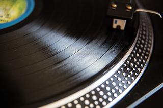 Metro Detroit stores celebrate Record Store Day