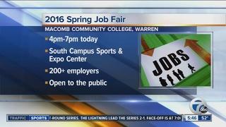 Warren job fair draws 200+ employers