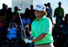 PGA player hits head with putter, DQs himself