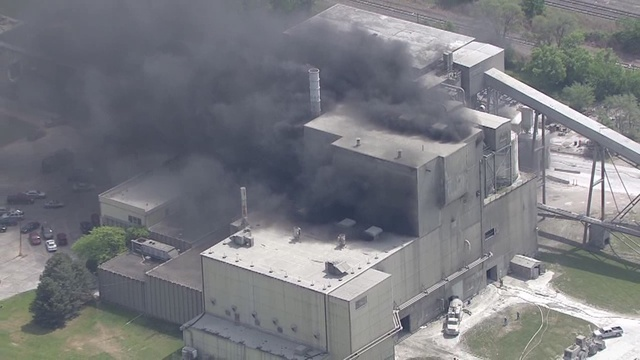 Large building fire in southwest Detroit