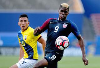 U.S. tops Bolivia in final Copa tune-up