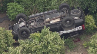 Video shows Warren police SUV flip after chase