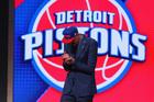 Pistons draft Henry Ellenson, Michael Gbinije