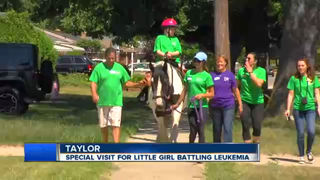 "Girl battling leukemia gets ""horsey house call"""