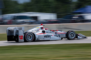 Power holds off Kanaan to win at Road America