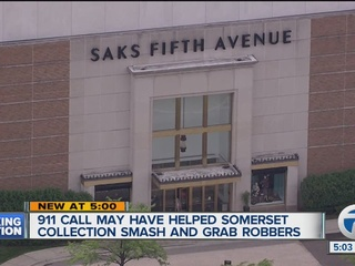 3 arrested in smash-and-grab at Somerset