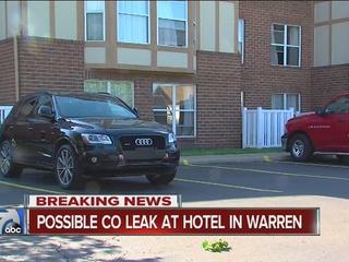 Possible CO leak at hotel in Warren