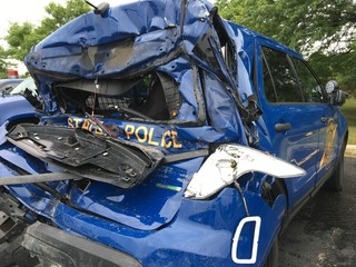 MSP trooper injured in I-696 EB accident