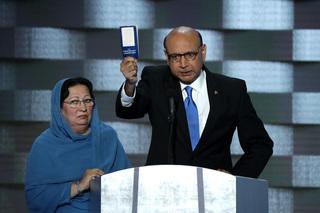 Father of fallen Muslim soldier blasts Trump
