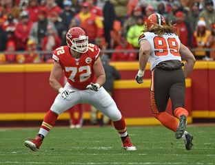 Chiefs sign Eric Fisher to 4-year extension