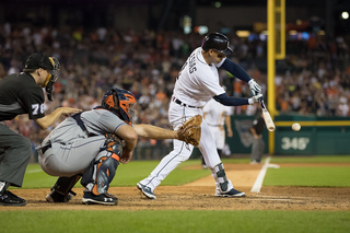 Tigers rally in 9th for wild win over Astros