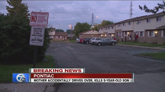 5-year-old fatally run over by her mother in Pontiac
