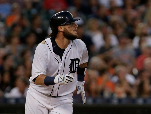 Saltalamacchia's HR lifts Tigers over White Sox 4-3