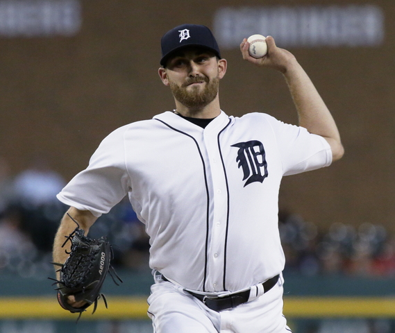 Tigers rally past Twins 4-2, pull within 1 of wild card