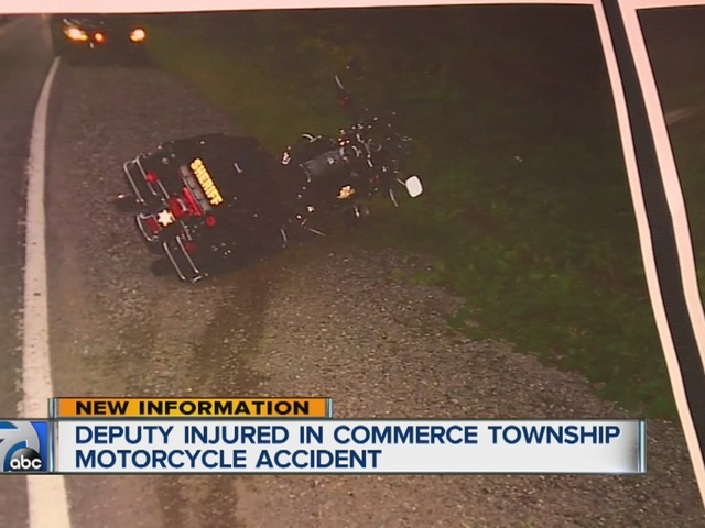 Oakland County Sheriff's deputy involved in motorcycle crash