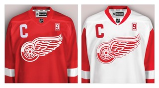 Red Wings to honor Gordie Howe with jersey patch