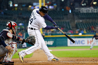 Cabrera returns with homer in Tigers' 5-2 win
