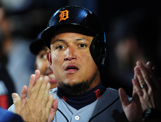 Cabrera HRs help Tigers inch closer to wild card