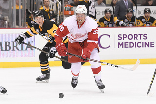 Red Wings recall Mantha, place Athanasiou on IR