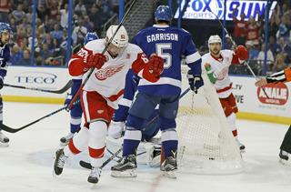 Vanek bright spot in Red Wings loss to Lightning