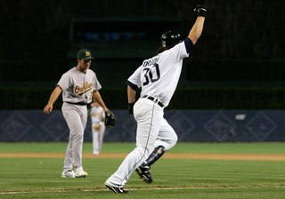 WATCH: Ordonez sends Tigers to W.S. 10 years ago