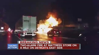 Fire at mattress store on Detroit's east side