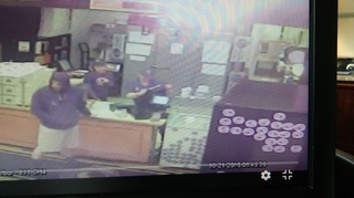 Robber in Halloween mask targets cookie shop