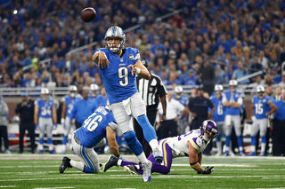 Lions top Vikings on Thanksgiving, stay in 1st
