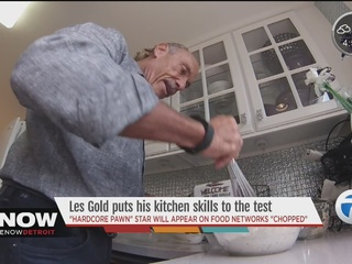 Star Les Gold to compete on cooking show