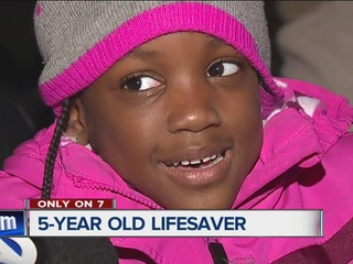 5-year-old saves mother's life during seizure
