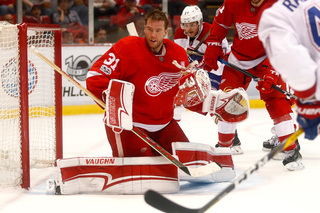 Coreau blanks Canadiens in Red Wings win