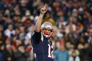 They're back: Brady, Patriots beat Steelers