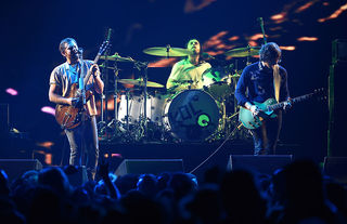Kings of Leon postpones Detroit show to March 9