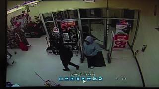 Gunman shoots cashier at Family Dollar store