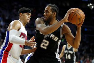 Kawhi Leonard leads Spurs over Pistons