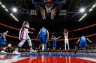 Jackson, Leuer lead Pistons to win over Mavs